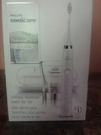 Philips sonicare diamond clean electric toothbrush box Winnipeg, R2W 1E7