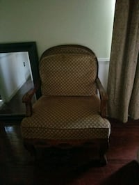 Wide large brown accent chair Laurel, 20707