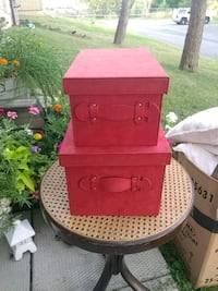 Red Suede Storage Boxes Ottawa, K2E 7X3