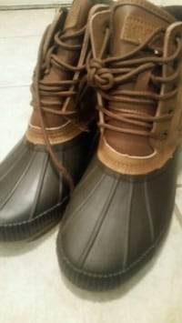 pair of black-and-brown high top sneakers Coppell, 75099