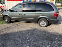 03 Dodge Caravan clean carfax 165k runs strong $1650 , 08012