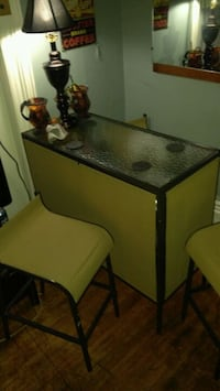 Bar apartment sized with 3 stools