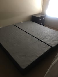 king  size frame and box spring Seattle, 98125