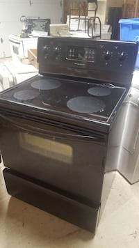 Self cleaning stove 150.00 call  [PHONE NUMBER HIDDEN]  London, N6J 1W6