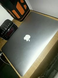 MacBook Air 10/10 Early 2014 13-Inch 256gb Silver Brampton, L6W 4T4