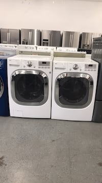White lg front load washer and dryer elec Phoenix, 85040