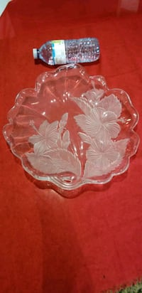 cristal tray with very nice flowers Richmond Hill, L4C 8N5