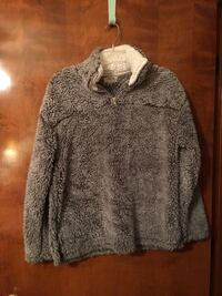 Sherpa Pullover size small