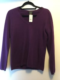 Lord&Taylor Cashmere Sweater Size Medium  Surrey