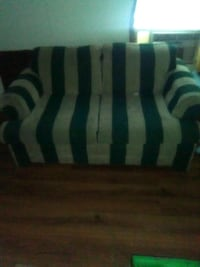 MOVING SALE!!!! Love seat.. Byram, 39272