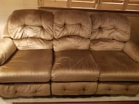 Recliner couch Annandale, 22003