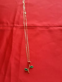 gold chain necklace with pendant Inglewood, 90304