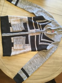 Triple five soul sweater size small never worn Amherstburg, N9V