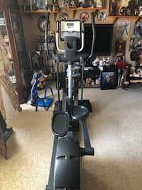 black and gray elliptical trainer Moreno Valley, 92557