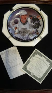 GRETZKY, Vintage collector's plate.