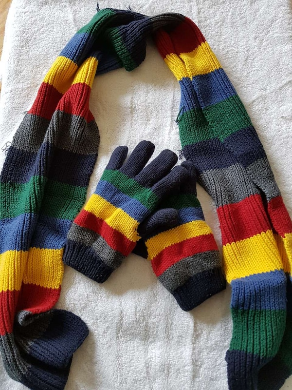 Boys Scarf and gloves set