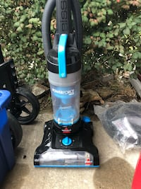 Black and blue upright vacuum cleaner Glenpool, 74033
