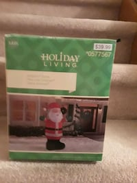 Holiday Living lighted,inflatable outdoor CHRISTMAS Santa