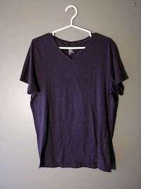 H&M V-neck tee - purple