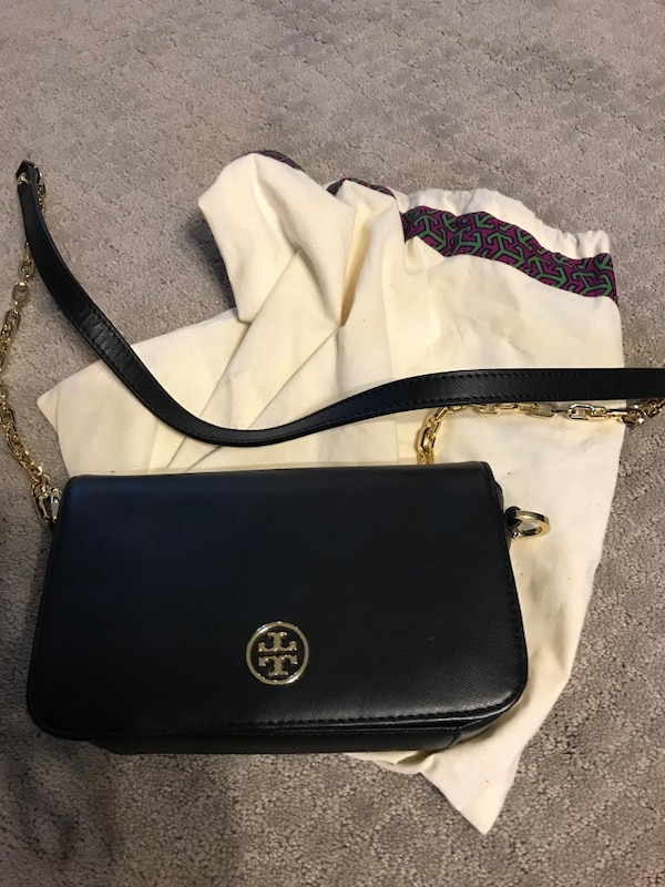 Women's black tory burch leather sling bag
