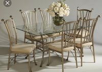 Glass dining room table with six chairs Scottsdale, 85251