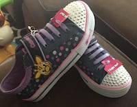 New light up sneakers size:2 Marina, 93933