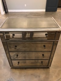 Mirrored Distressed Style 4-Drawer Dresser Chest Palm Harbor, 34683