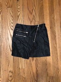 H&M faux leather skirt New York, 10012
