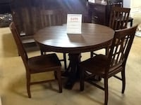 5 pic dining set 499.99 Escondido, 92029