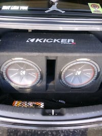 Kicker compr 12s plus 2000watt amp