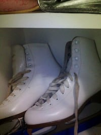 pair of white high top sneakers Coquitlam, V3E 3N1
