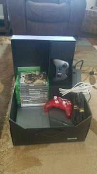 Xbox One console w/ controller & games Royse City, 75189