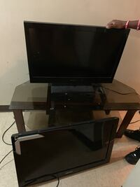 2 32inch TVs and a tv stand all for 160 Baltimore, 21230