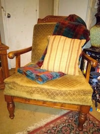 LARGE ANTIQUE BEAUTIFUL OAK ARMCHAIRS / 2 AVAILABLE / CUSHIONS IN GOOD CONDITION / $80 EACH Monroe, 71201