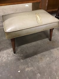 Vintage 1960s Stool/Bench Raleigh, 27617