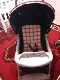 white and black high chair Fort Bliss, 79906