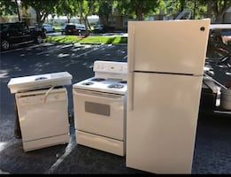 Kitchen Appliances in Great Condition
