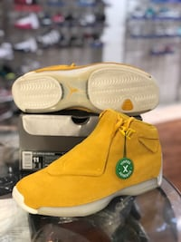 Brand new Yellow Ochre 18s size 11 Silver Spring, 20902