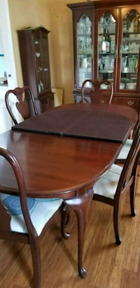 Dining table with 8 chairs Lexington, 29072