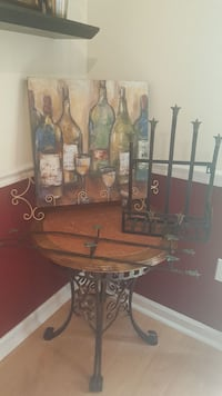 Picture on canvas and Plate holders