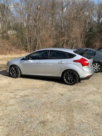 2013 ford focus Glen Burnie