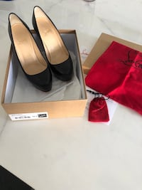 Christian Louboutin 6,5 Black bianca authentic Laval, H7A 1A2