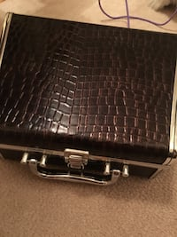 black crocodile skin leather case Barrie