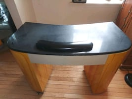 Manicure table $100