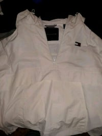 Tommy Hilfiger wind breaker pull over  Milford