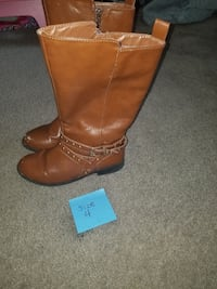 Girls size 4 Lakeside, 92040
