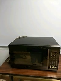 black and gray microwave oven Fairfax, 22030