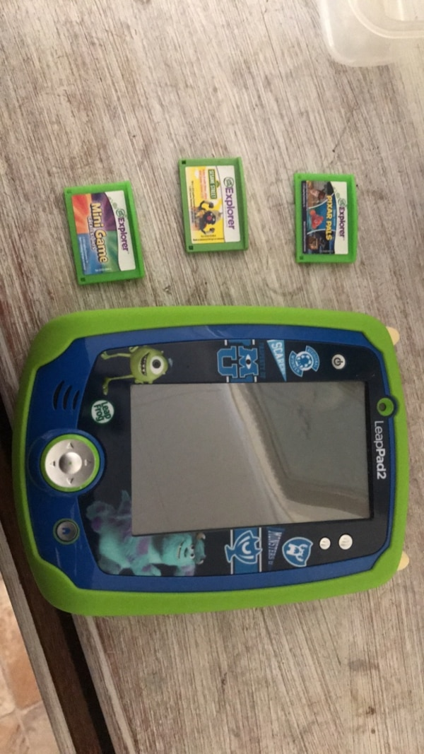 Leap pad 2 w/ 3 games + charger