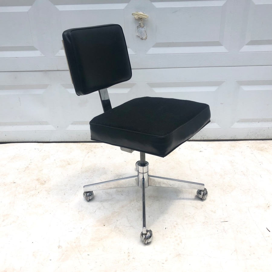 Mid Century Rolling Desk Chair
