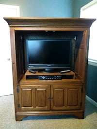 Tv cabinet with four doors Beltsville